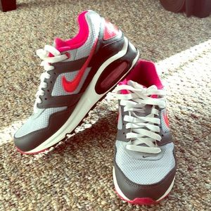Women's Pink & Gray Nike Air Max Navigate Sz 7.5